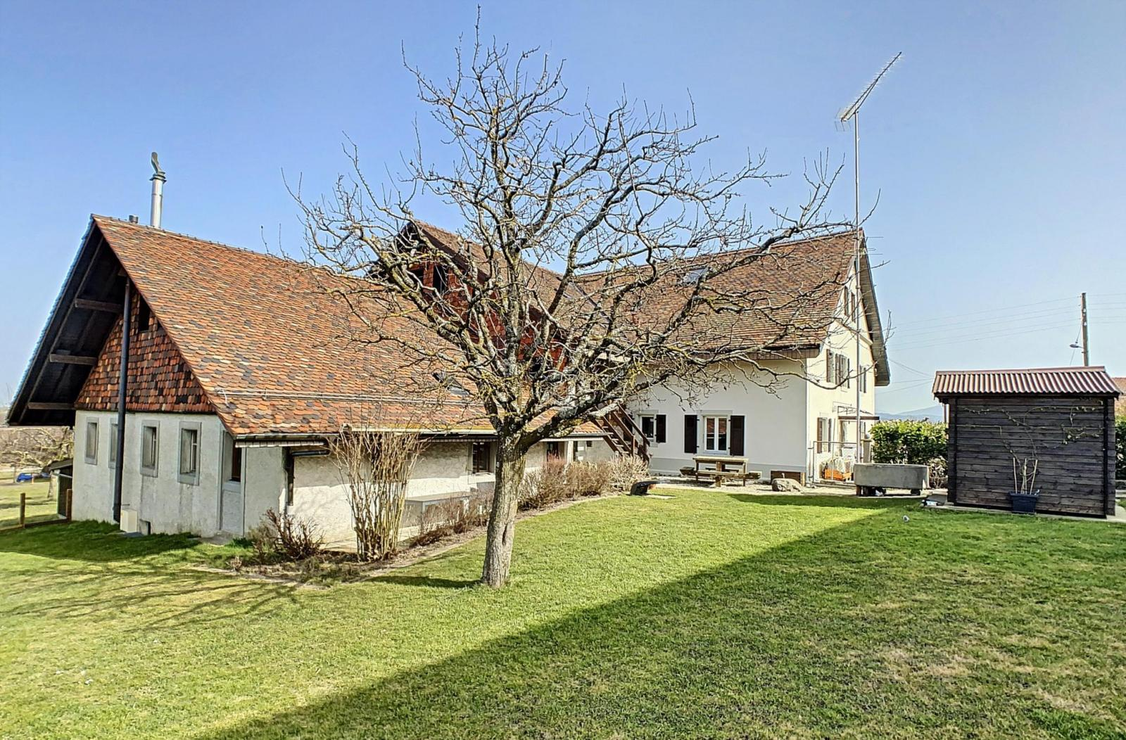 Ferlens - Old farmhouse to renovate