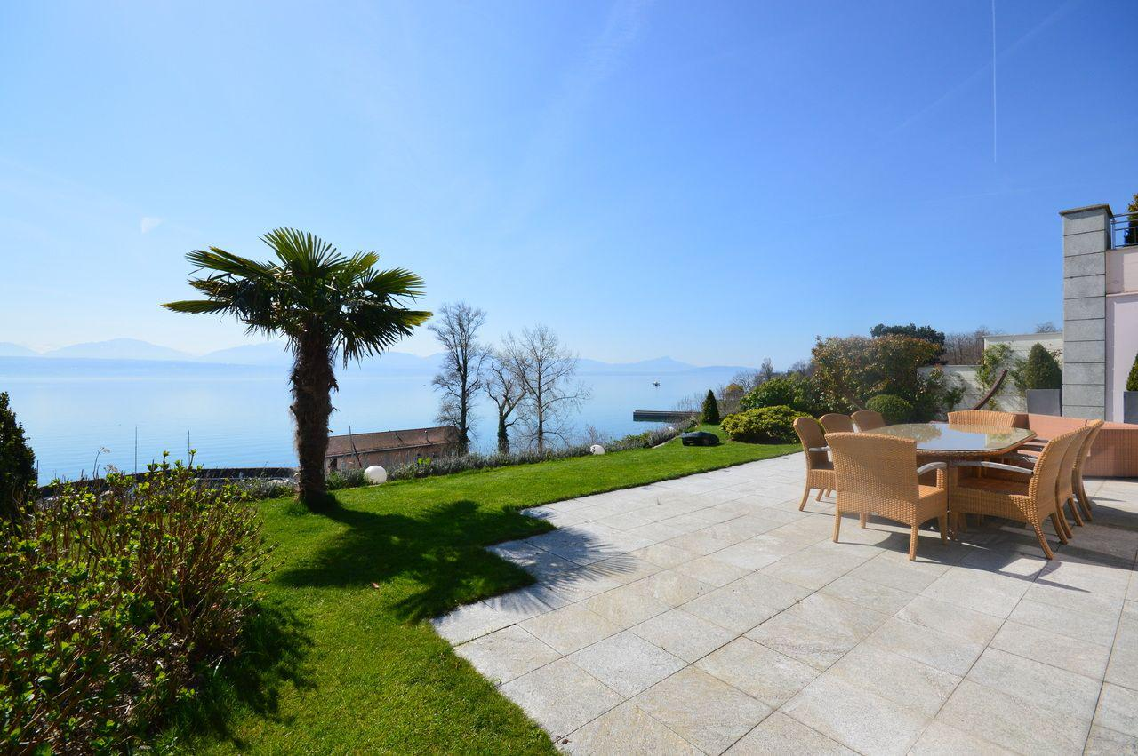 Saint-Prex - Superb waterfront flat